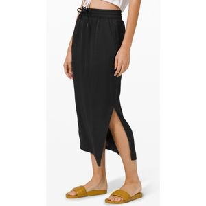 NWT Lululemon glide away slip pull on midi skirt 2